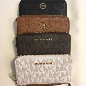 MK  wallet/wristlet/phone case